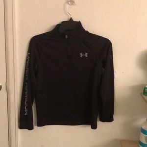A black under armor pull over.